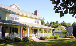 McKenzie House Bed & Breakfast - Middlebury