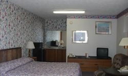 Travel Inn Motel - Howe