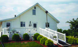 Bee Hive Bed & Breakfast - Middlebury