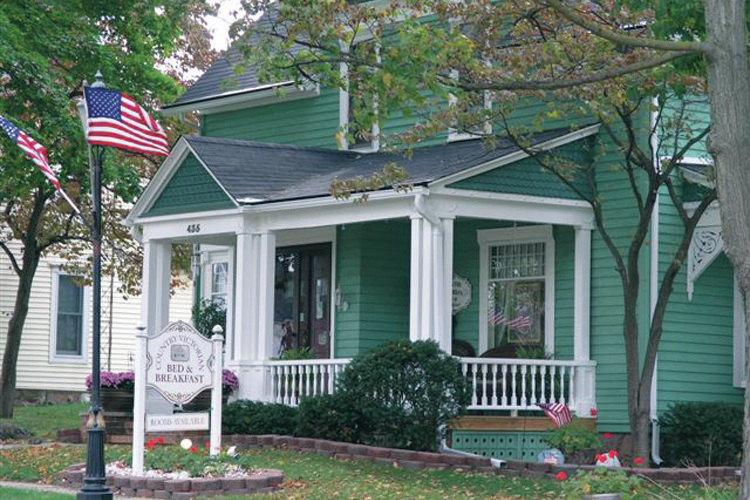 Country Victorian Bed & Breakfast - Middlebury